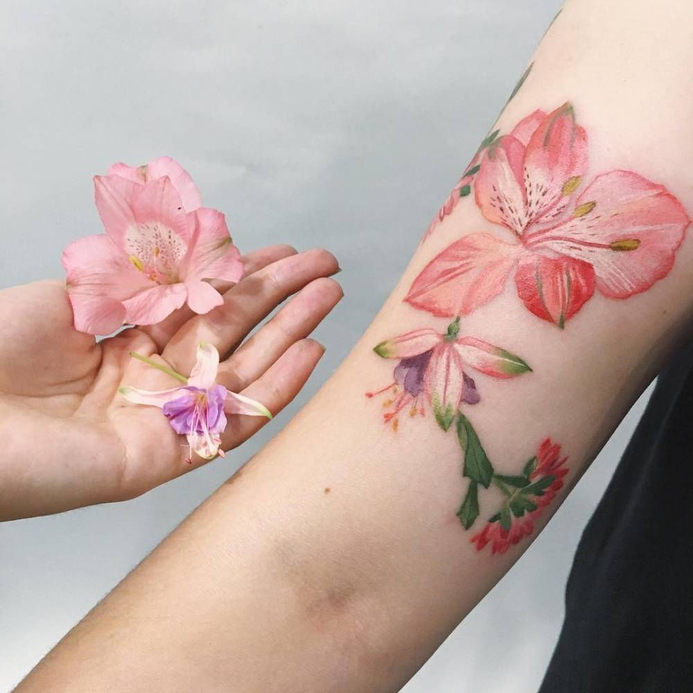125+ Best Flower Tattoos!