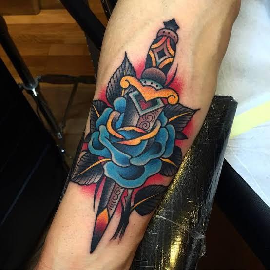 dagger-calf-tattoos