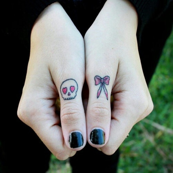 knuckle-tattoos