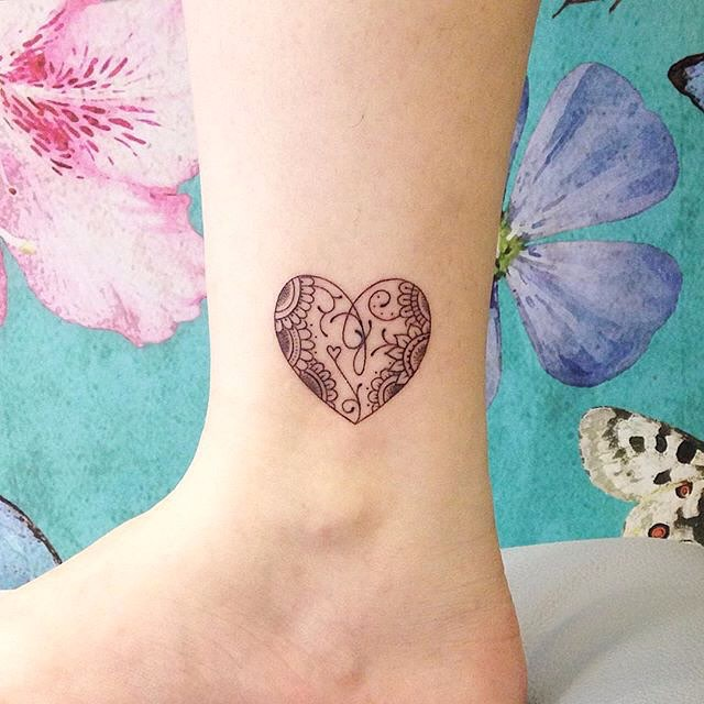 Cute and adorable small tattoo ideas for girls