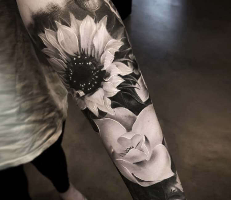 Black and Gray Tattoos – A Unique Tattoo Design