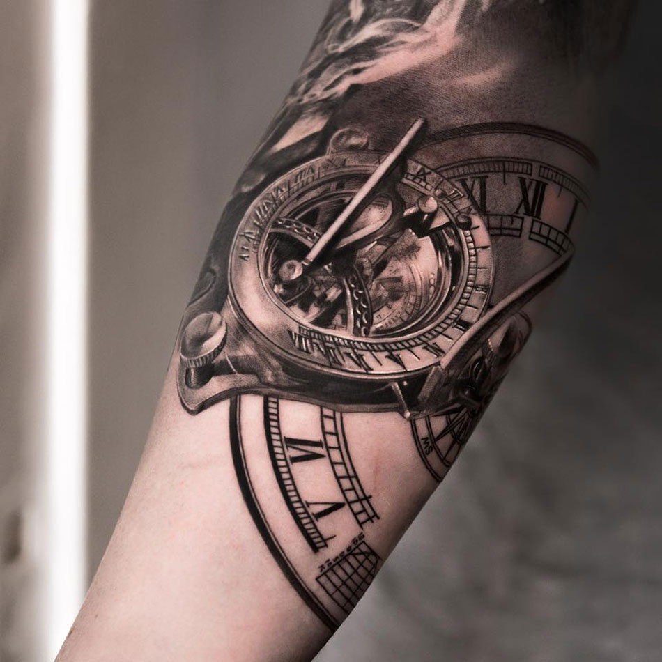 Clock Tattoos – The Best Tattoos Are The Most Unique