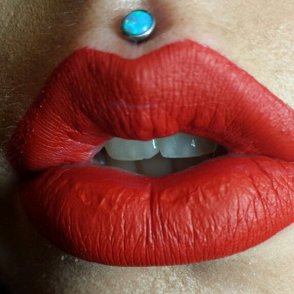 All Information About the Philtrum Piercing