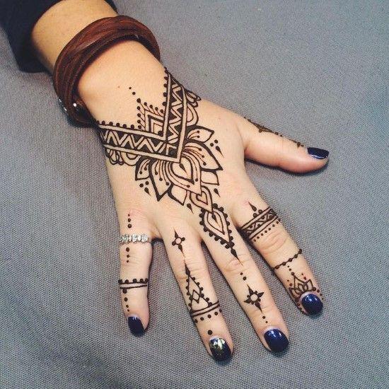4 Best Tattoo Designs For Women – Henna Hand Tattoo Design Ideas