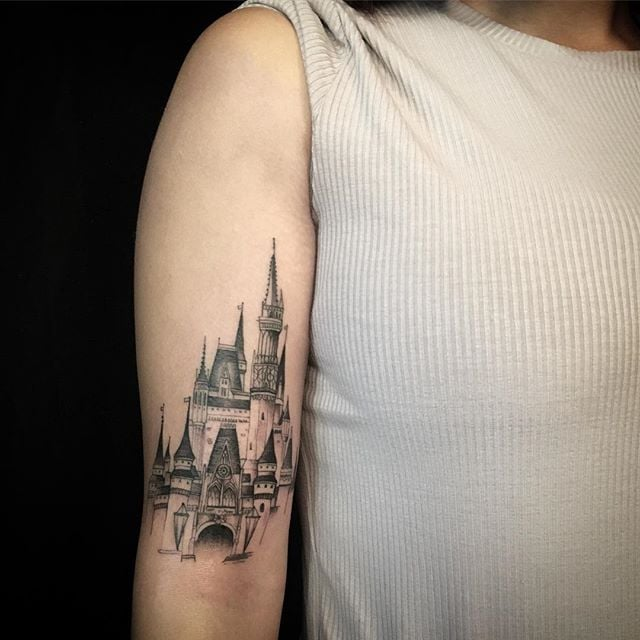Disney Mouse Pictures – Cool and Simple Disney Tattoo Design Ideas!