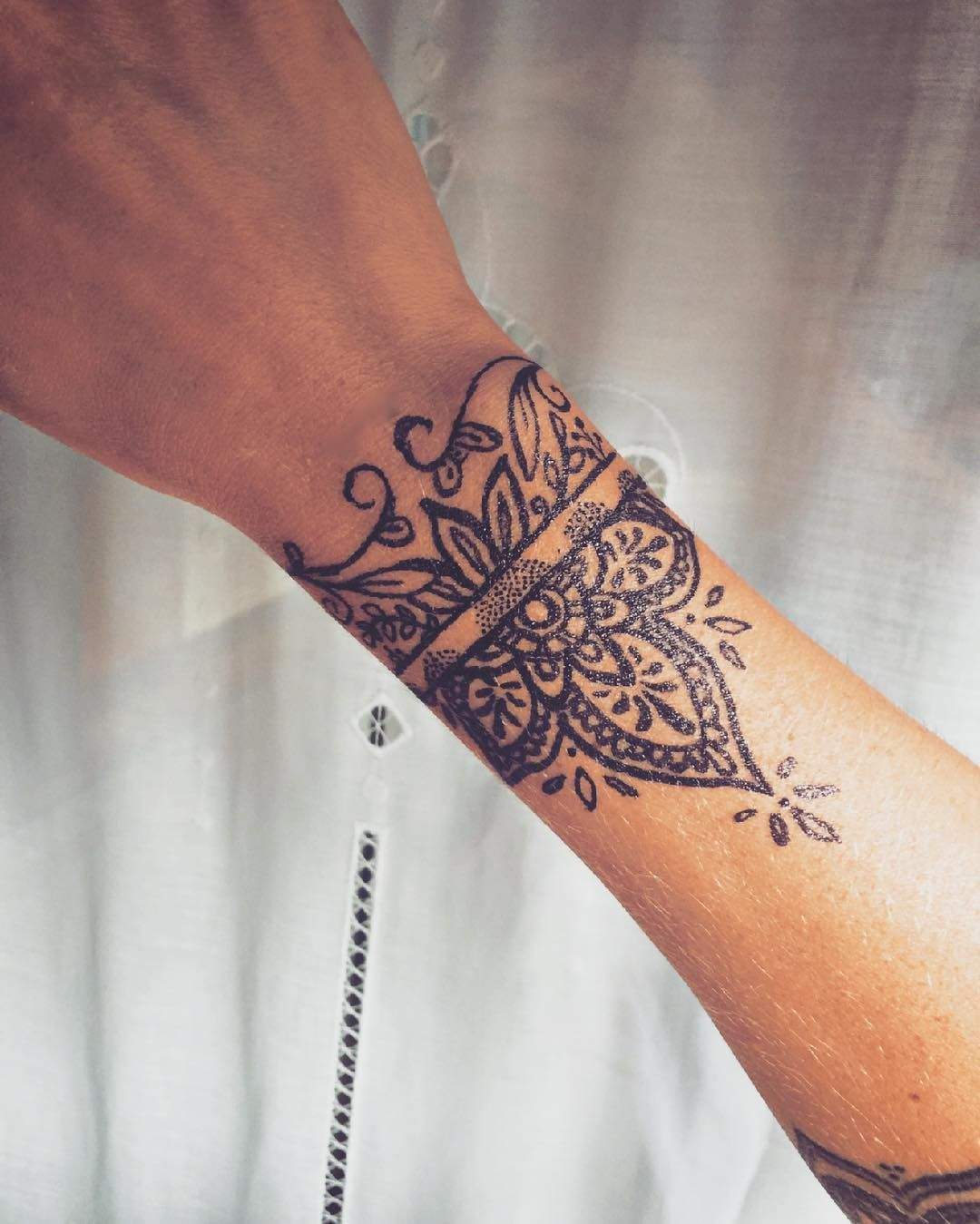 Feminine Wrist Tattoo Pictures Meaning Ideas