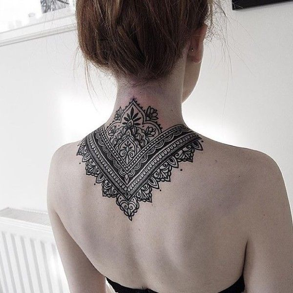 Best Beautiful mandala back tattoo Design Ideas For Women