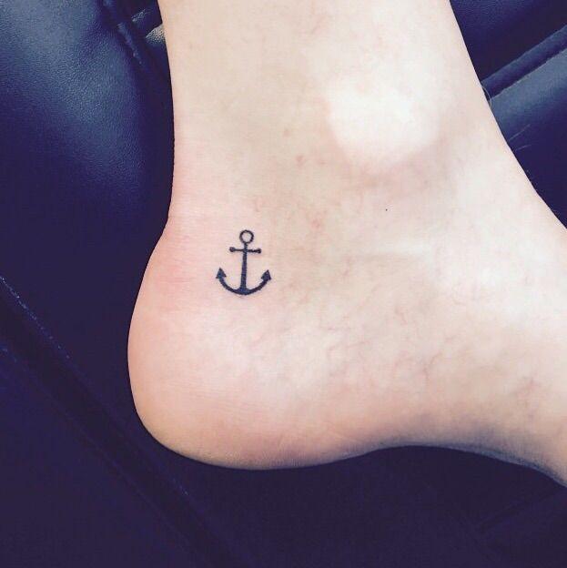 Small Anchor Tattoo design Ideas