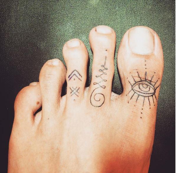 Top 3 Faux Toe Tattoo design Ideas