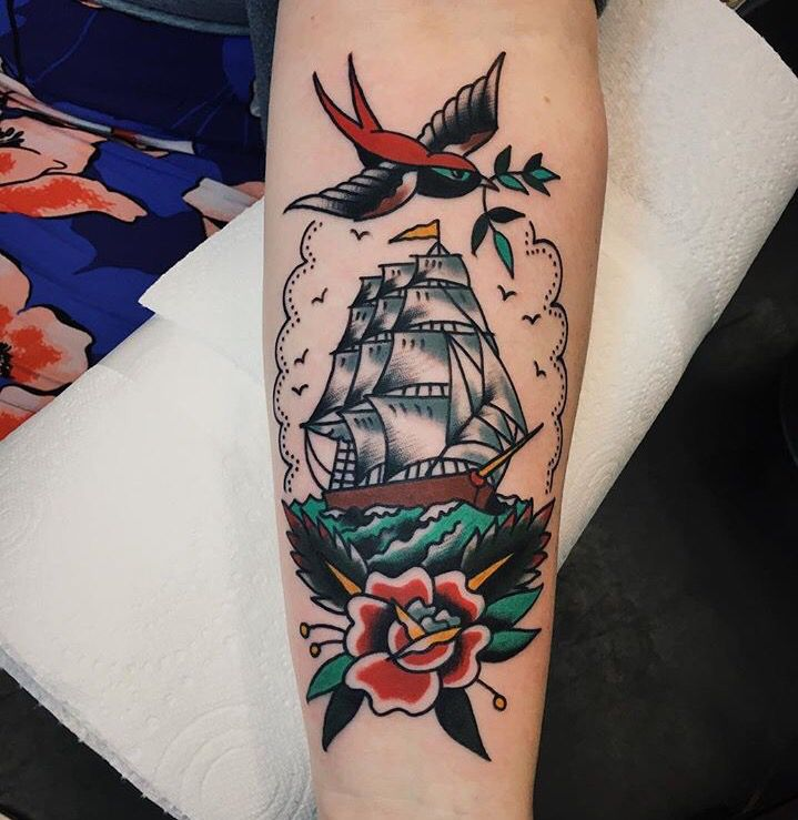 Best Picture design Ideas For Traditional Ship Tattoo